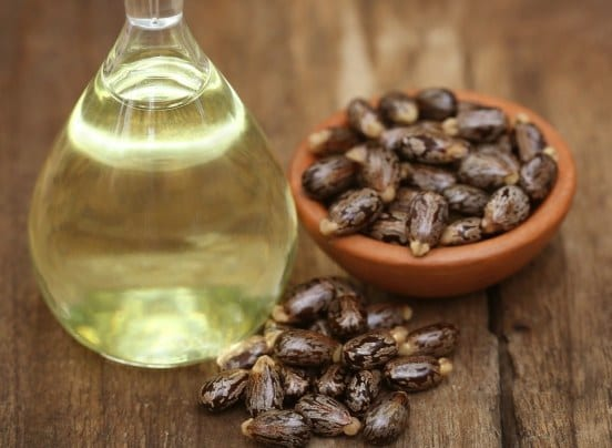 Top 6 Best Castor Oil Brands Available Online In India For Hair And Skin
