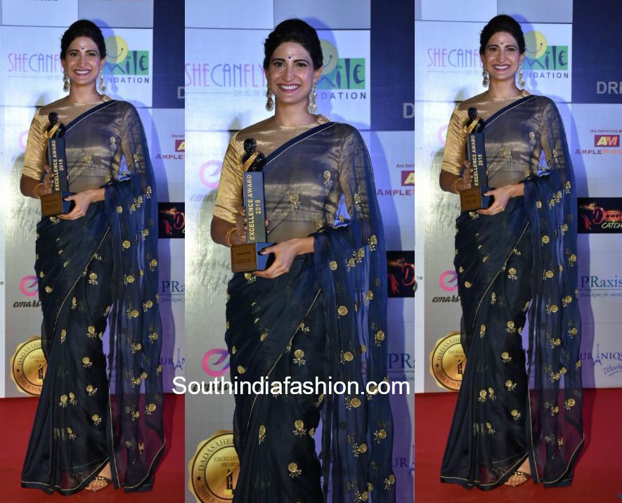 Aahana Kumra in Raw Mango Saree at Dada Saheb Phalke Awards 2018