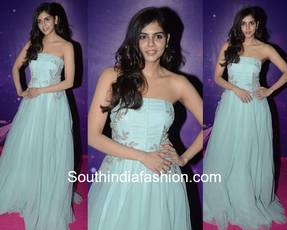 kalyani priyadarshan blue gown zee apsara awards 2018