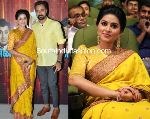 actress sneha in yellow saree at v4 awards