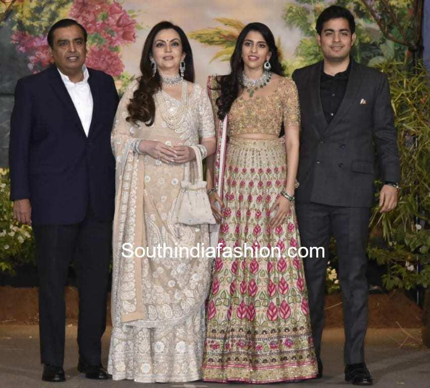 ambani family at sonam kapoor wedding reception