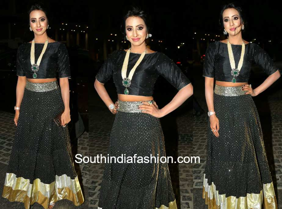sanjana long skirt crop top filmfare awards south 2018
