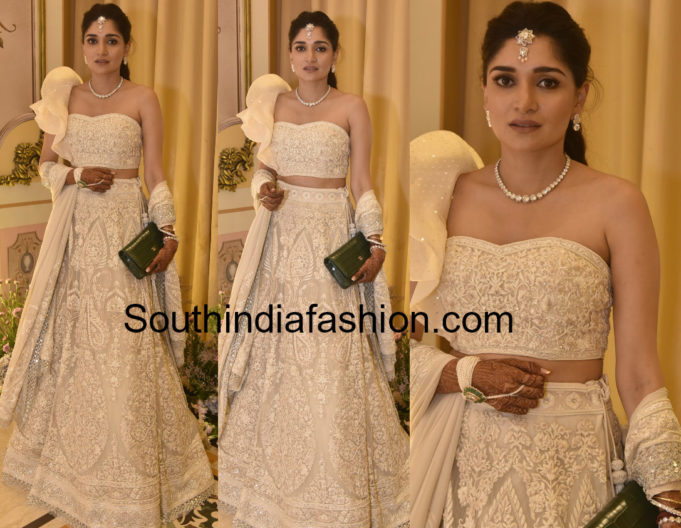 Anushpala Kamineni ~ Fashion Trends ~ - South India Fashion