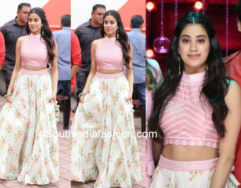6156b7936442df janhvi kapoor floral skirt crop top dhadak poromotions