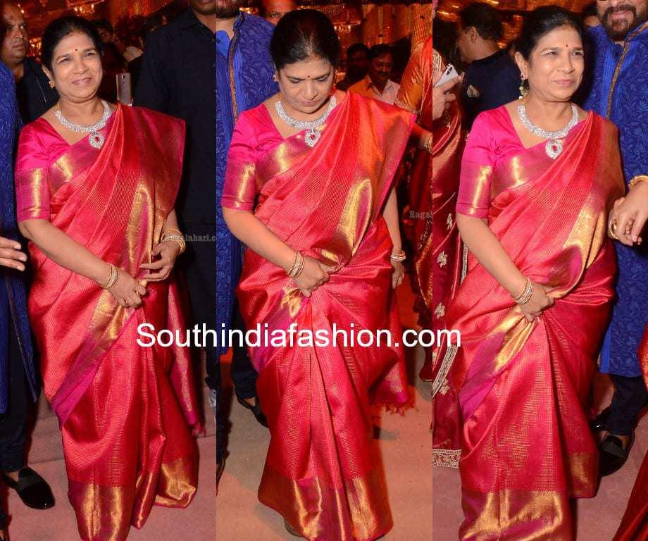surekha konidela kanjeevaram saree in shriya bhupal wedding