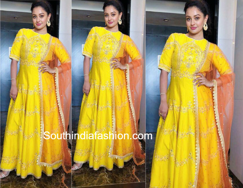 pooja kumar yellow anarkali