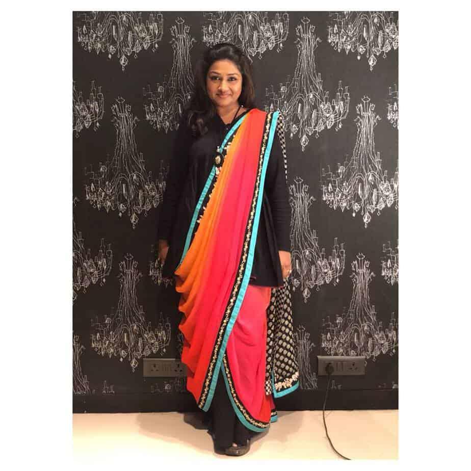 Dolly Jain Saree draper