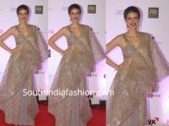kalki koechlin gold saree mami mumbai film festival