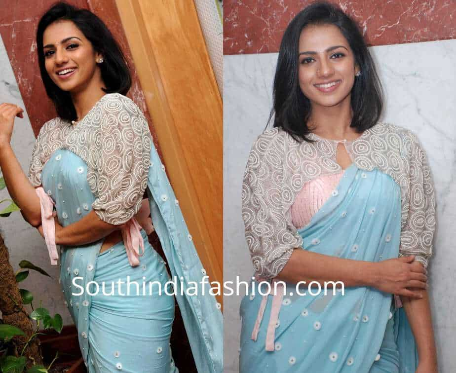 sruthi hariharan blue saree cape blouse