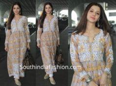 vedhika cotton kurta at airport