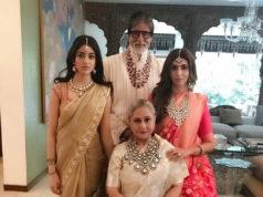 amitabh bachchan with family at isha ambani wedding