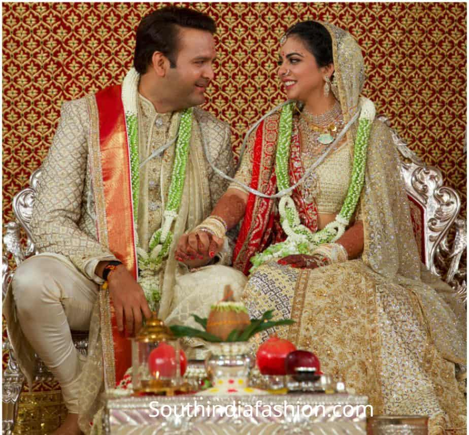 Isha Ambani Wedding Udaipur: Isha Ambani Looked Royal In Abu Jani Sandeep Khosla