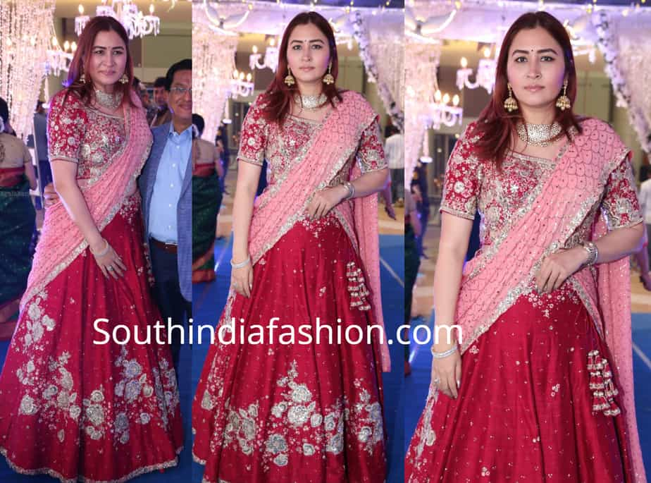 jwala gutta in a red and pink lehenga at saina nehwal wedding reception