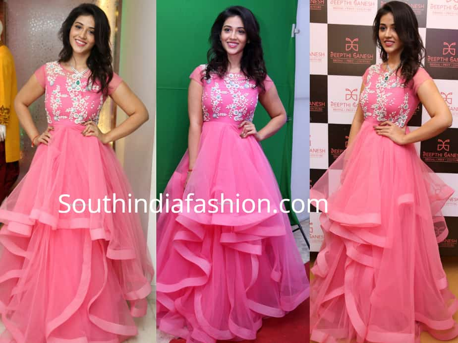 priyanka jawalker in pink gown