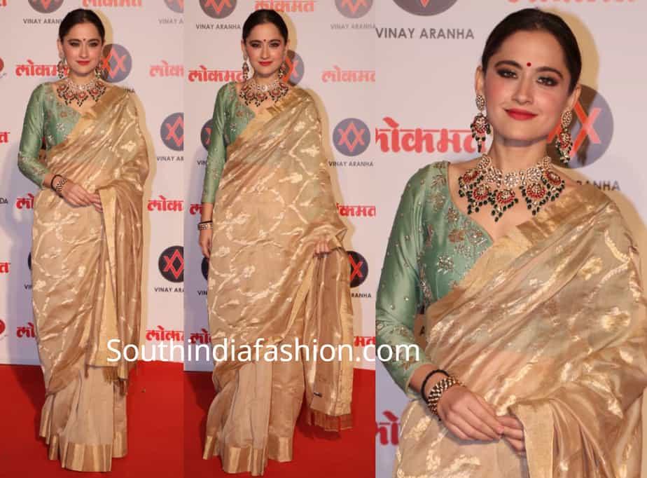 sanjeeda shaikh in gold saree at lokmat awards