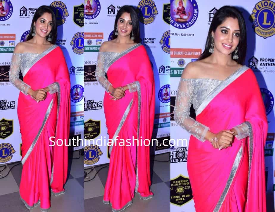 dipika kakkar in pink saree at lions gold awards