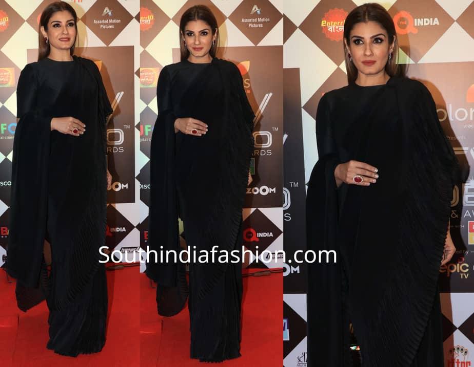 raveena tandon in black saree at tv video summit awards