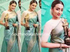 trisha krishnan blue silk saree at vikatan awards