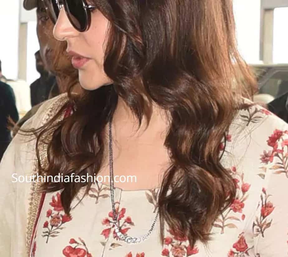 bollywood actresses mangalsutra design anushka sharma