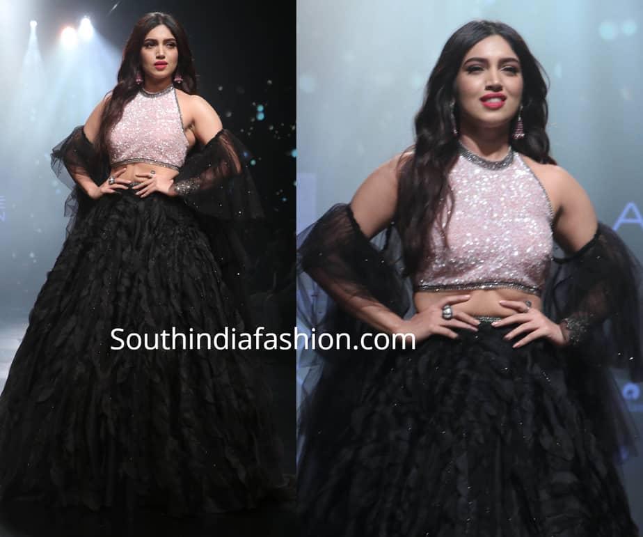 bhumi pednekar in black lehenga at lakme fashion week