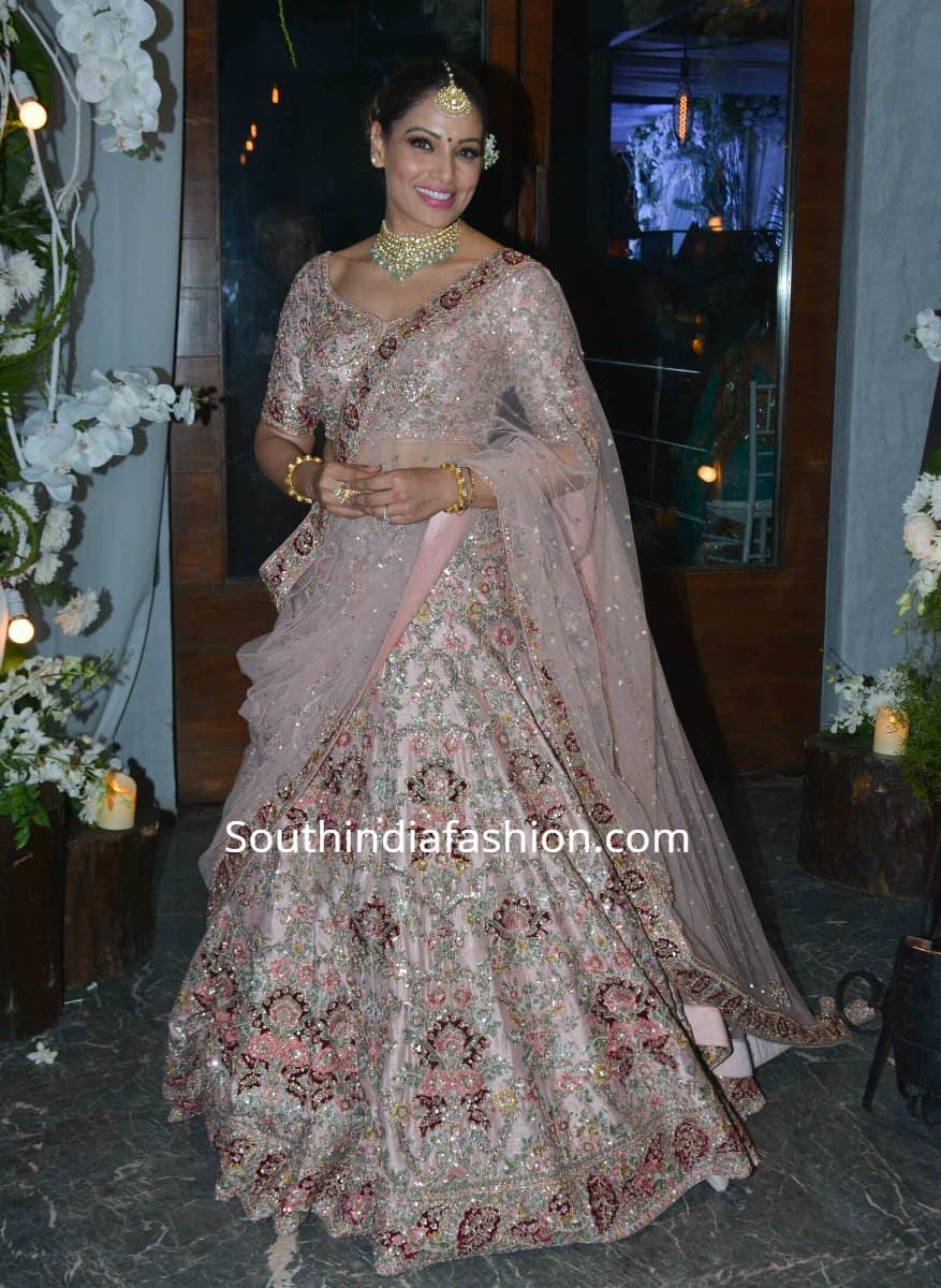 bipasha basu in dolly j lehenga at a wedding