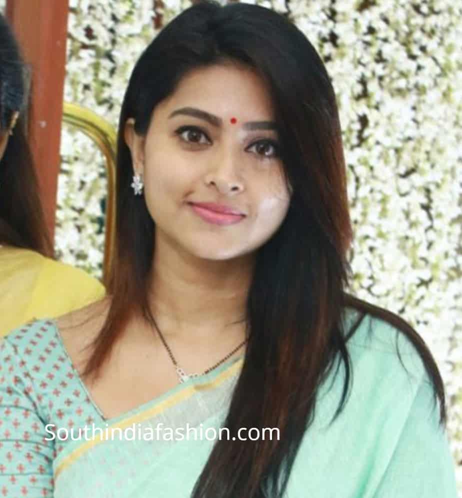 actress sneha prasanna mangalsutra design