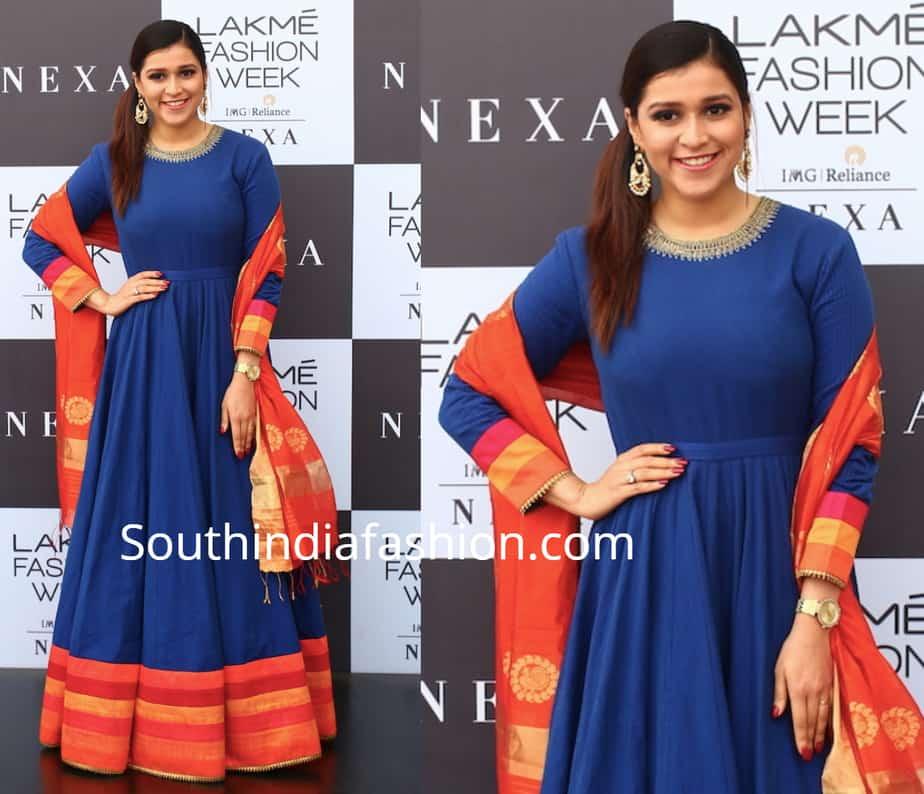 mannara chopra in blue anarkali at lakme fashion week 2019