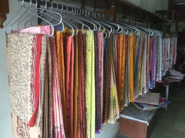 how to store cotton sarees