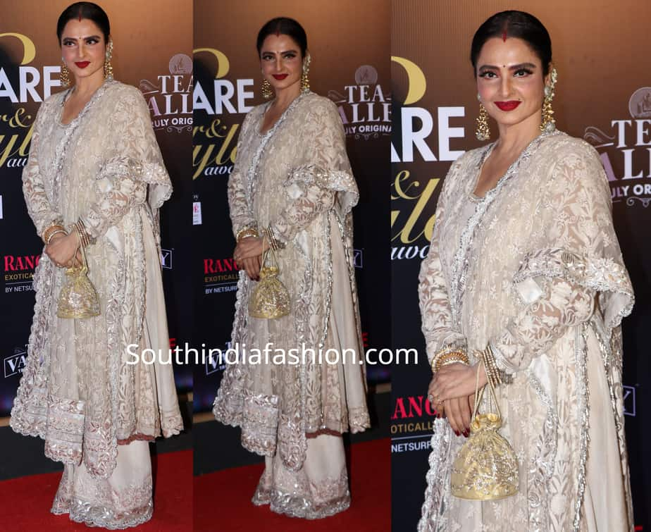 rekha in white palazzo suit at filmfare glamour and style awards