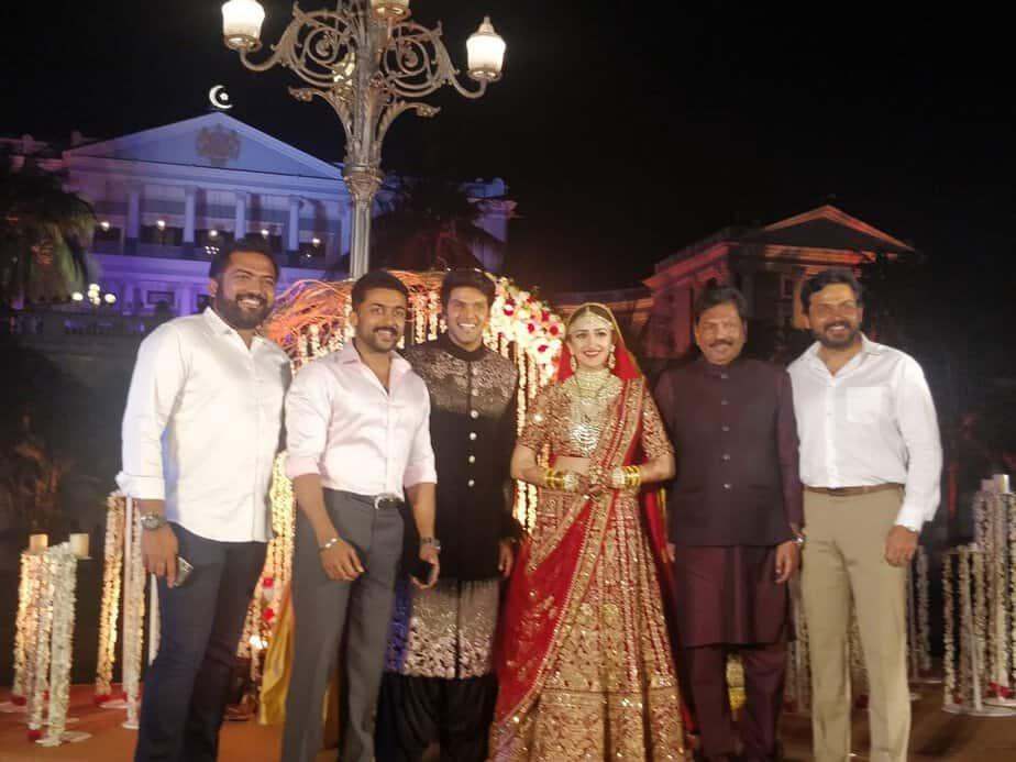 actor aarya wedding images