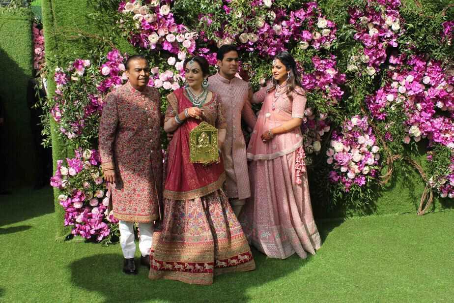 akash amabni shloka mehta wedding photos