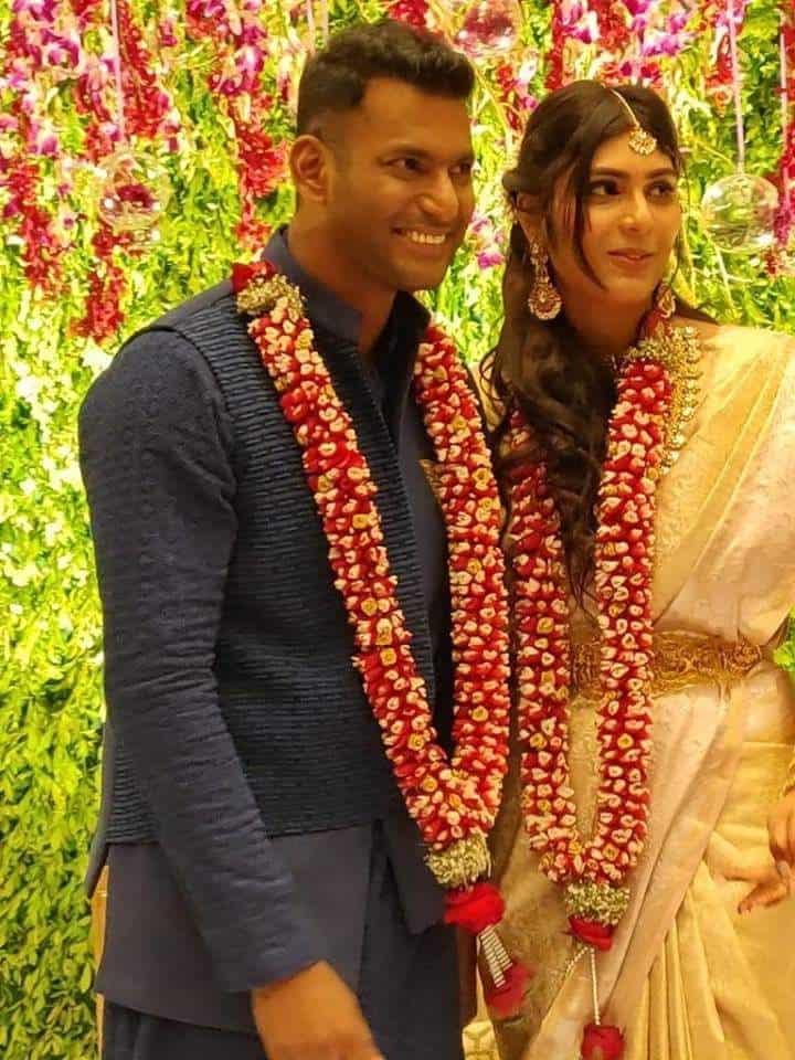 Actor Vishal Anisha Reddy Engagement Photos