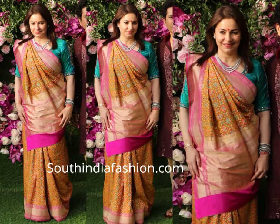 anjali tendulkar in banarasi silk saree at akash ambani wedding