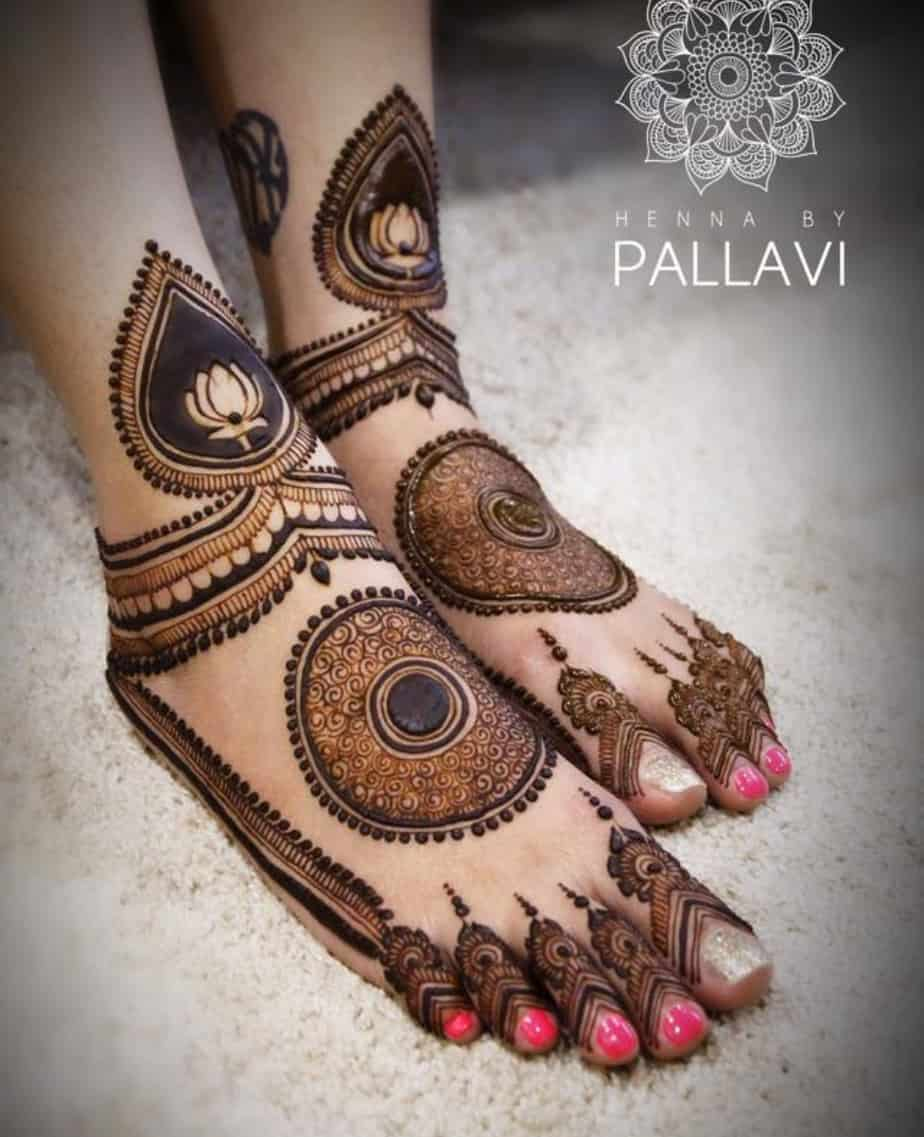 foot mehndi design images