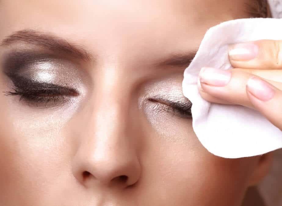5 Ways To Remove Makeup Naturally | DIY Makeup Remover