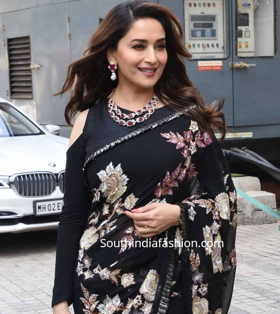 chiffon saree blouse neck designs