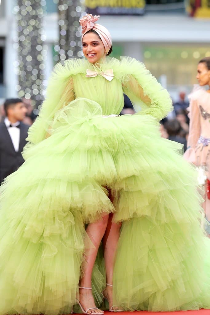 deepika padukone green gown at cannes 2019
