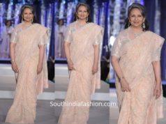 Sharmila Tagore in a pastel embellished saree at Dia Colors Savera Charity Ball 19