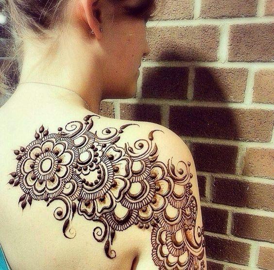 shoulder mehndi design