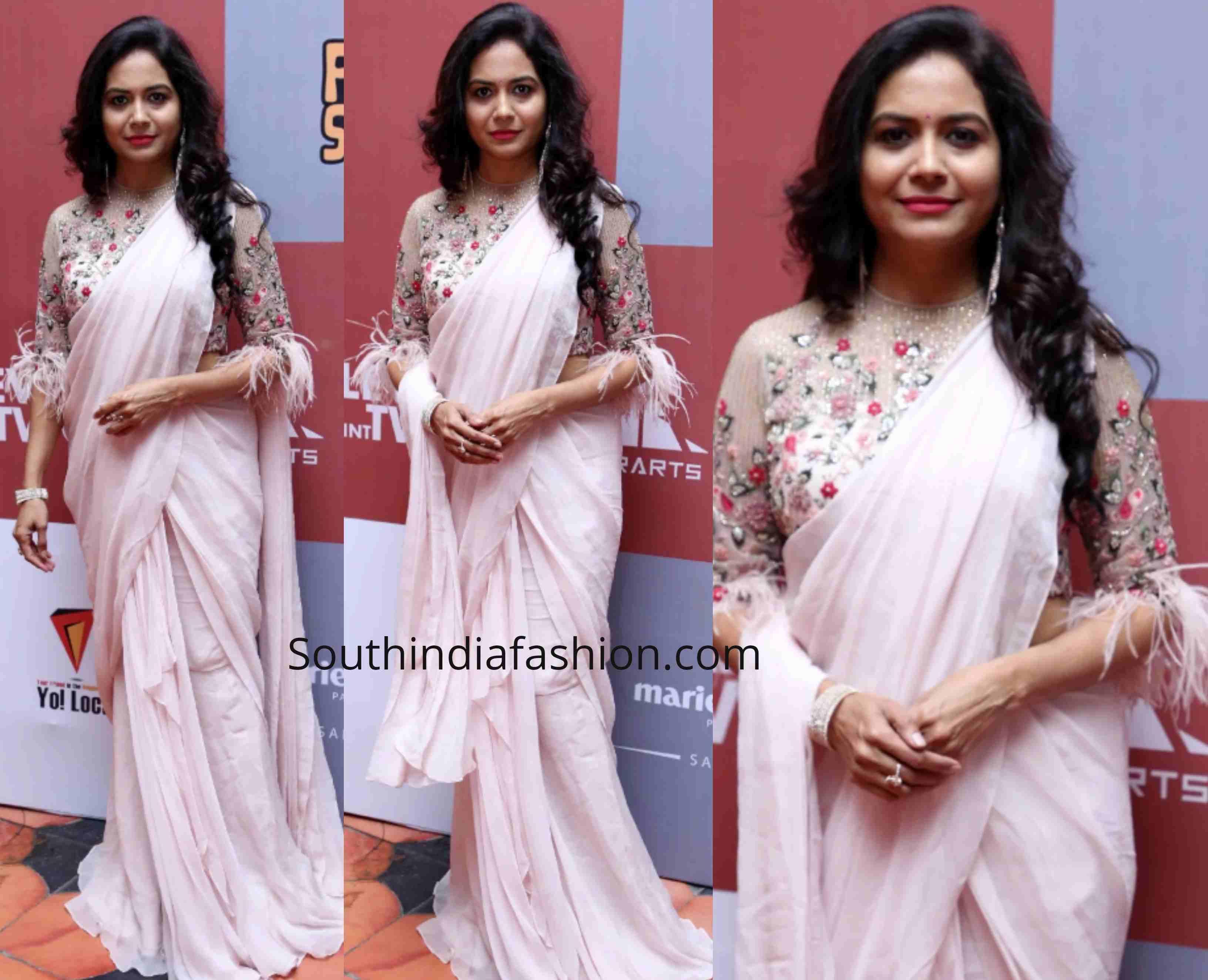 singer sunitha sarees 2019