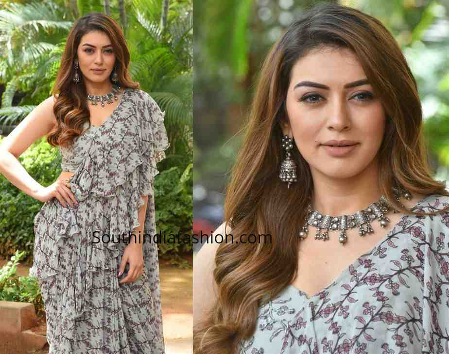 hansika in grey printed ruffle saree at tenali ramakrishna pre release event (1)