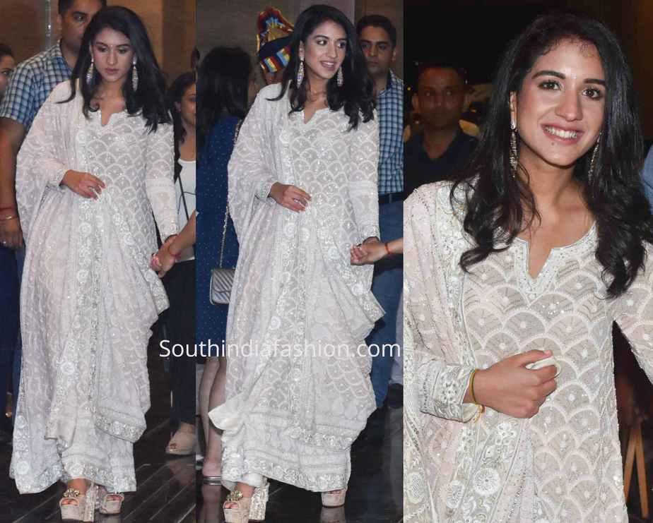 radhika merchant in abu jani sandeep khosla anarkali at ajsk 33 years fashion show