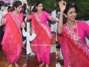 sunil shetty pink salwar kameez ganesh visarjan 2019