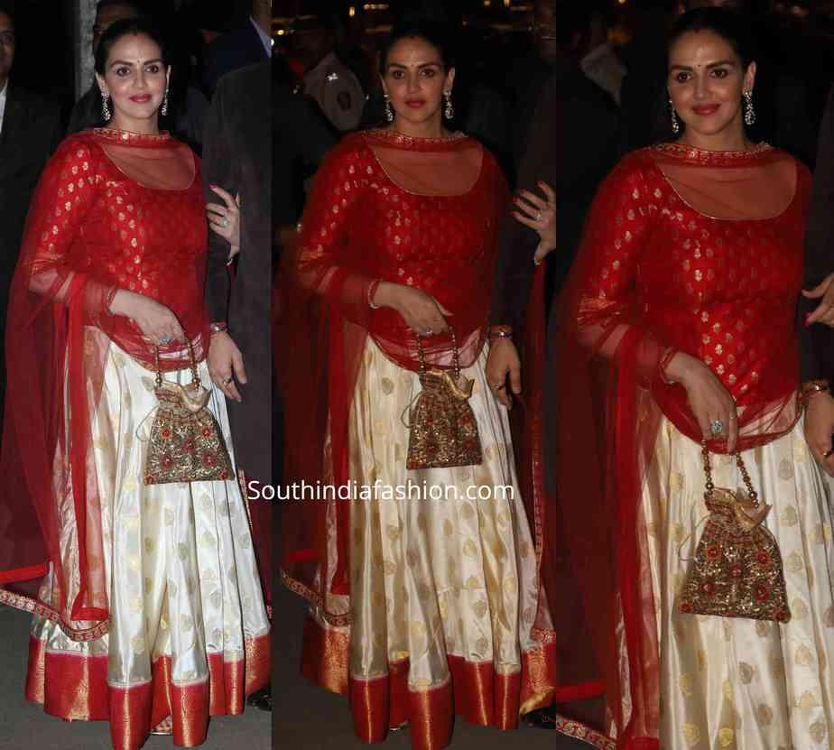 esha deol silk lehenga at bachchan diwali party