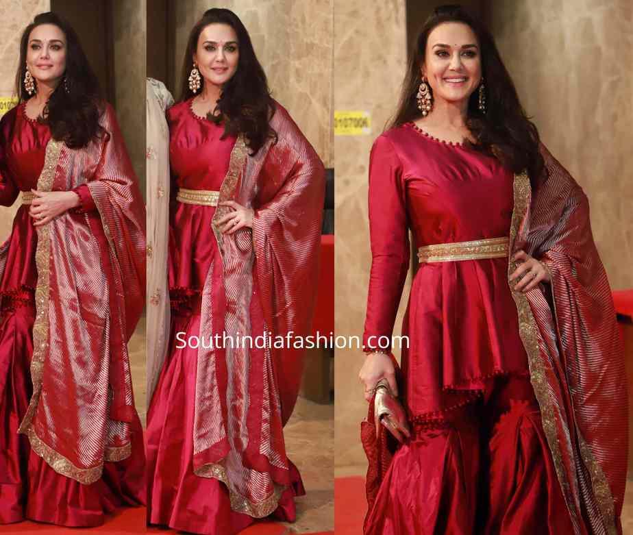 preity zinta in red sharara suit at ramesh taurani diwali party 2019 (1)