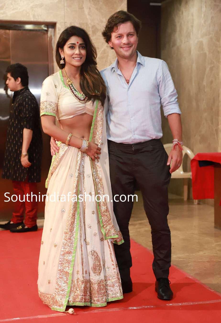 shriya saran with her husband at ramesh taurani diwali party (1)
