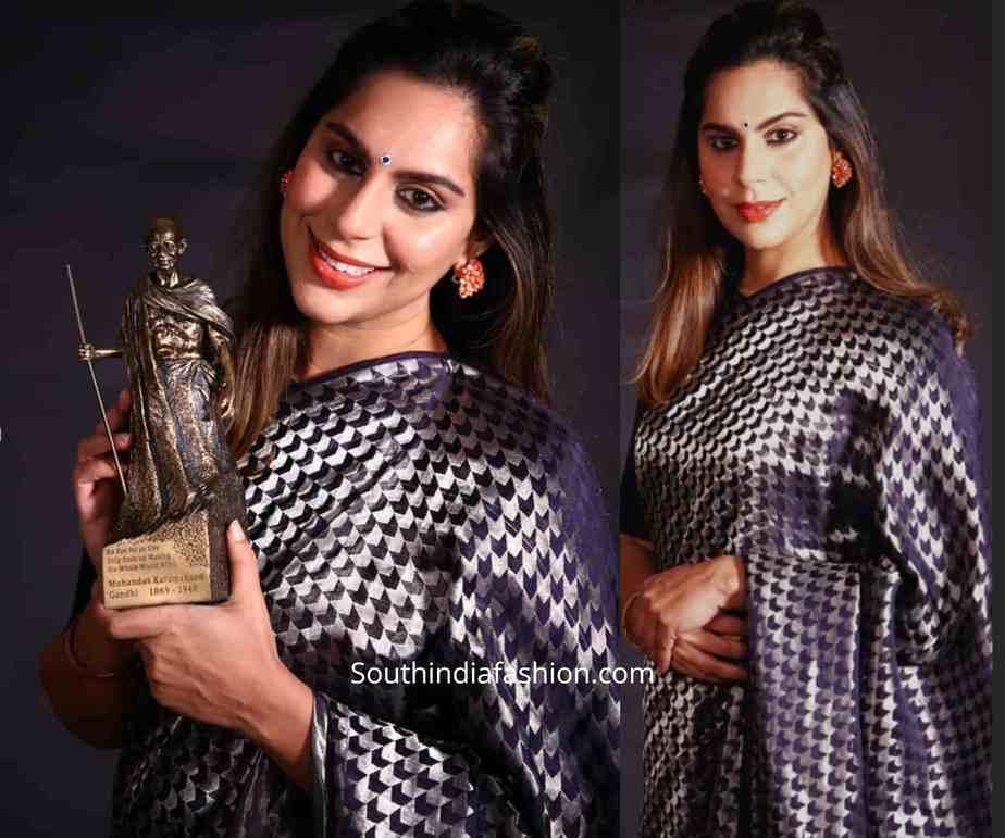 upasana konidela blue raw mango saree at mahatma awards (1)