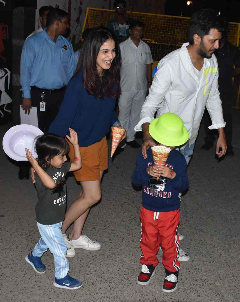 Genelia And Riteish DeshMukh At Aaradhya Bachchan Birthday Bash In Mumbai