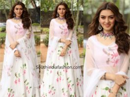 hansika white lehenga with silver jewellery (2)