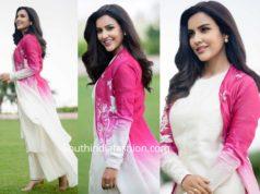 priya anand white kurta set with pink jacket